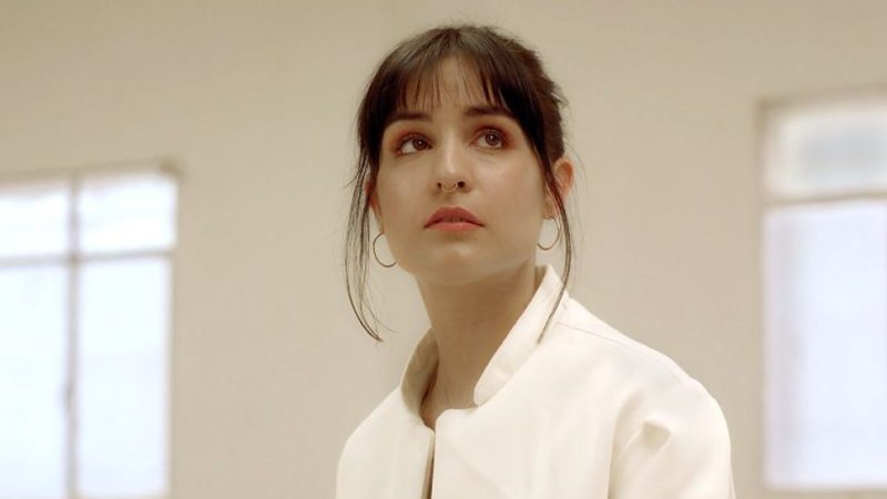 Fotograma del videoclip de 'nana triste'.