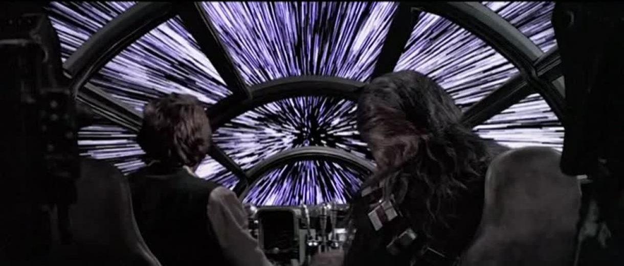 El Halcón Milenario saltando al hiperespacio. Fotograma de Star Wars: Una nueva esperanza (1977) de George Lucas.