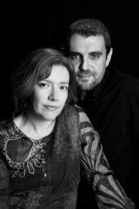 Los escritores Ana Alonso y Javier Pelegrín, escritores de literatura juvenil e infantil